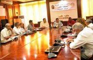 بالصور .. محافظ الاقصر يعقد اجتماعاً موسعاً لمتابعة تطورات تنفيذ خطة المحافظة