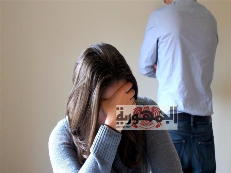 زوجه مصرية  تطلب الخلع: جوزي نام ليلة الكريسماس و......