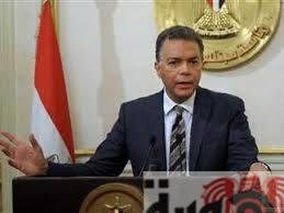 وزير النقل : تأجيل قرار رفع تذاكر السكة الحديد لمنح المواطنين فرصة لإستخراج الإشتراكات .