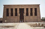 166 سائحا في زيارة لمعبد دندرة في قنا