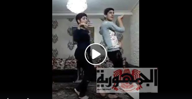 بالفيديو..رقصة شواذ عرب على الانترنت تثير سخرية مواقع التواصل الاجتماعي..هؤلاء من سيحرروا القدس