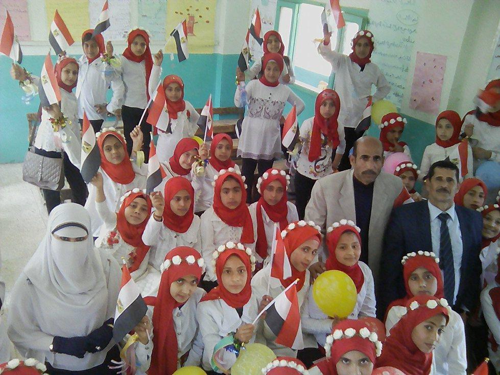 بالصور حفل تكريم الامهات بمدرسة الشيخ عيسي ببلبيس الشرقيه