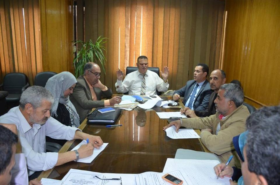 الزغبى .. يستعرض الاجراءات التنفيذية لاستكمال تسليم 42 من المنتفعين بمشروع قرية الأمل بالإسماعيلية .