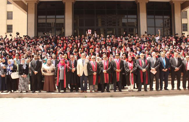 تخريج الدفعة 40 من طلاب الصيدلة الإكلينيكية جامعة طنطا....بالغربية