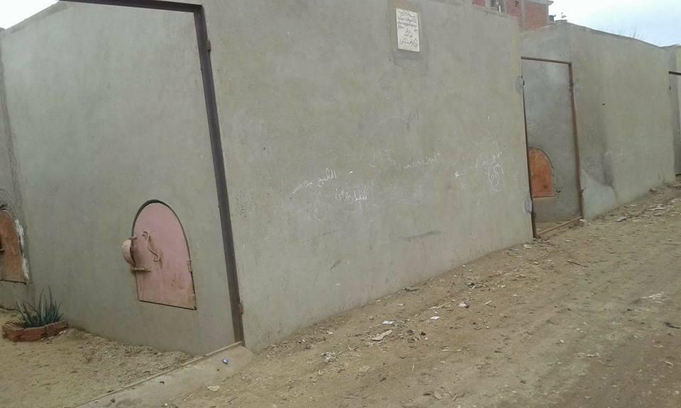 القبض على تشكيل عصابي تخصص في سرقة بوابات المقابر بكفر الاشارة الزقازيق -شرقية
