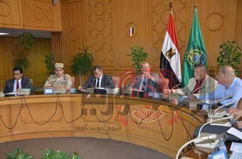 محافظة الإسماعيلية : 400 مليون جنية لرصف وتطوير طريق الإسماعيلية السويس الصحراوي .