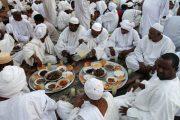 طقوس رمضان في السودان مناخ أسري وافطار جماعي في الشوارع