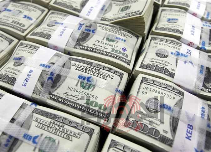 أسعار الدولار في البنوك والسوق السوداء اليوم الخميس الموافق 17/5/2018.