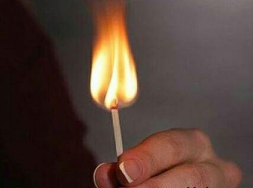 زوج يشعل النار بزوجته بعد سكب البنزين عليها بههيا - شرقية