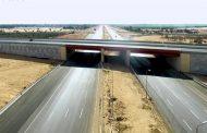 اجتماعا عاجلا بالإسماعيلية لمتابعة الموقف التنفيذى لمشروع محور 30 يونيه وبحث أزالة معوقات مسار الطريق .