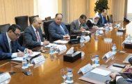 وزيرا المالية والاتصالات يبحثان تطوير المعاملات الخدمية والتجارية