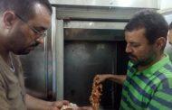 مباحث تموين الإسماعيلية غلق مطعم بوابة دمشق لضبط كميات كبيرة من الشاورمة والشيش مجهولين المصدر